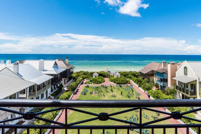 The Pearl Is A Forbes 4 Star Boutique Hotel Located On Main Street In Rosemary Beach To Book Your Stay Make Spa Ointment Or Restaurant Reservation